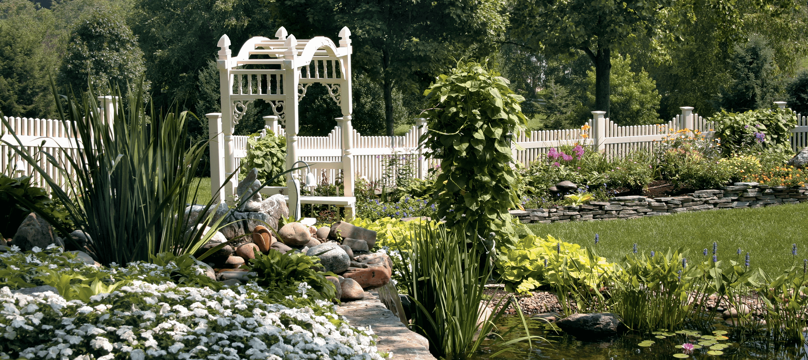 7 Ways to Create an At-Home Garden Getaway