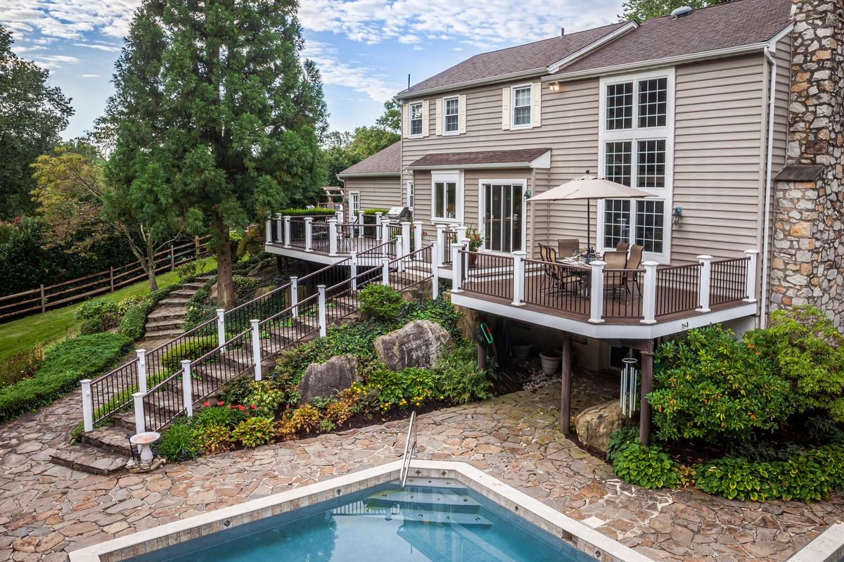 4 Things to Consider When Planning Your Deck Project