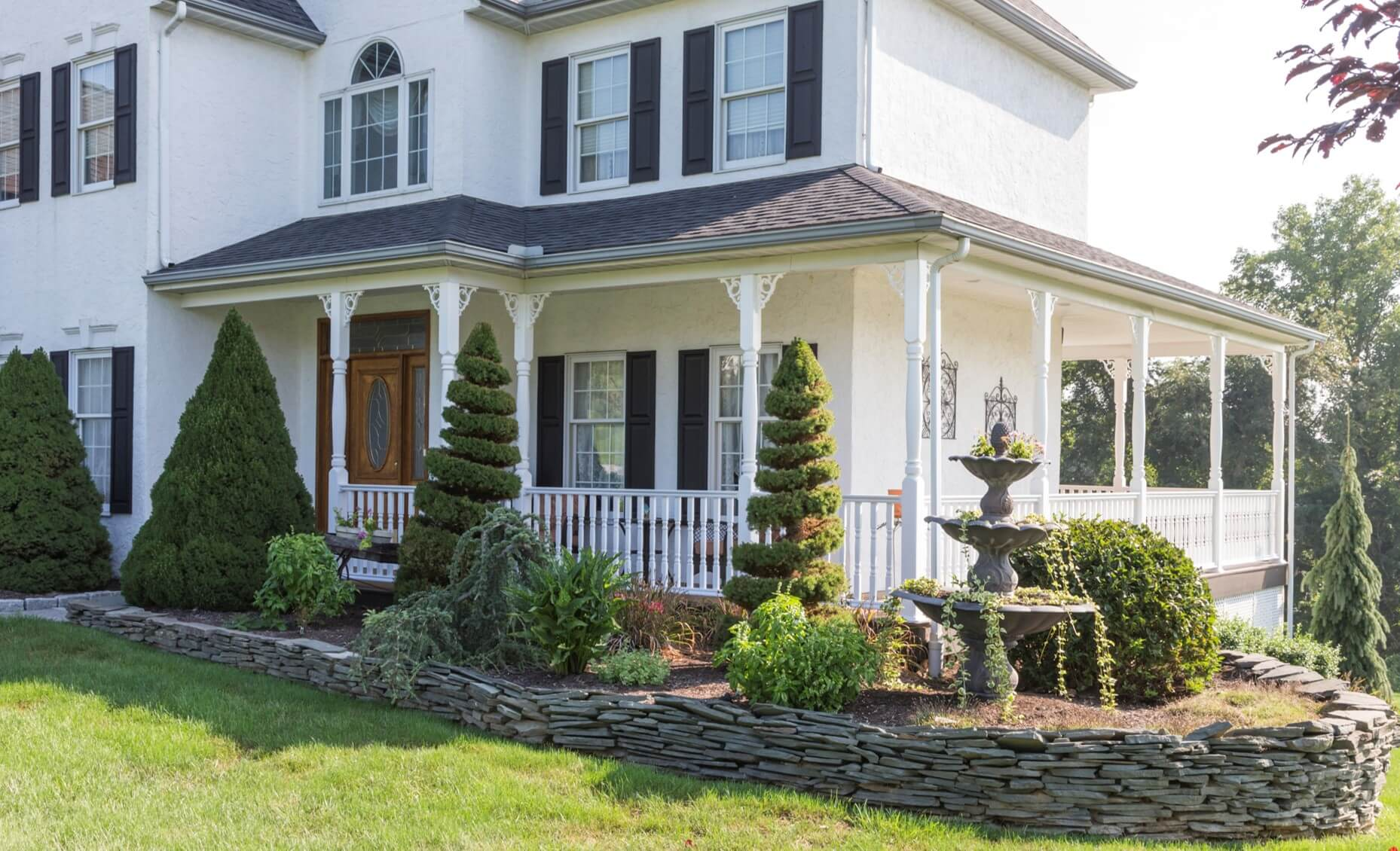 Choosing the Right Porch Posts for Your Home